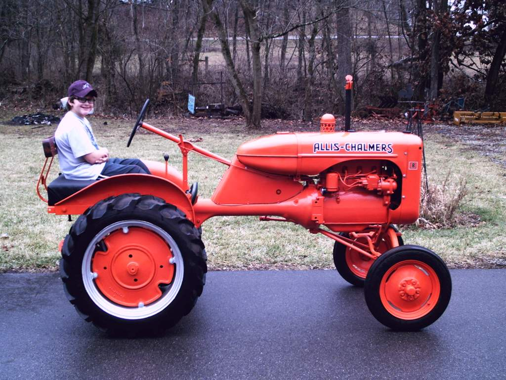 1940 Allis Chalmers B (Owned By Jeremy Lumley)