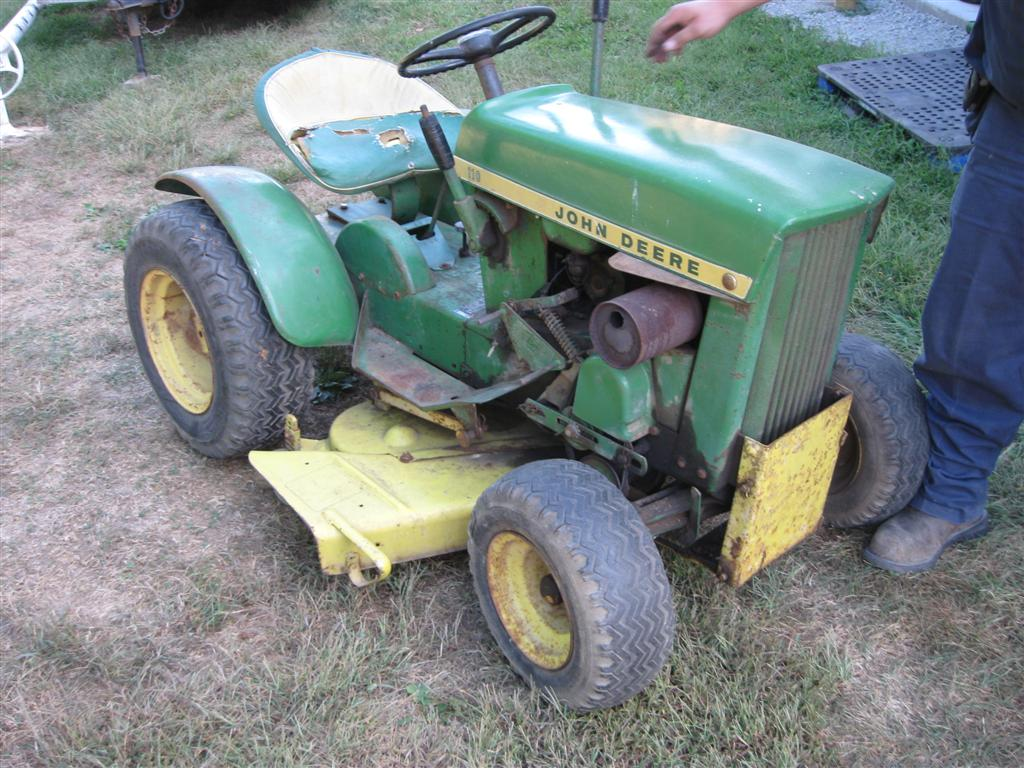 1967 John Deere 110(owned by Russ Rolke)